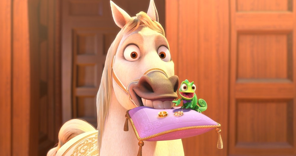 Maximus-Pascal-tangled-ever-after-28853190-1000-527.jpg